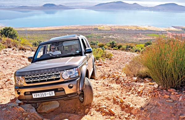 land rover evoque 2013 with Off Road Test Land Rover Discovery 4 30 Tdv6 Hse on 2014 Land Rover Range Rover Evoque Dynamic C 4713 likewise 2017 land rover discovery sport 4k Wallpapers further Grafik Evoque I206130176 likewise Range Rover Evoque Sd4review moreover Range Rover Evoque 32.
