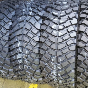 Bulldog remoulded tyres