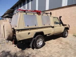 Zambezi Canopy – LandCruiser 79 Single Cab