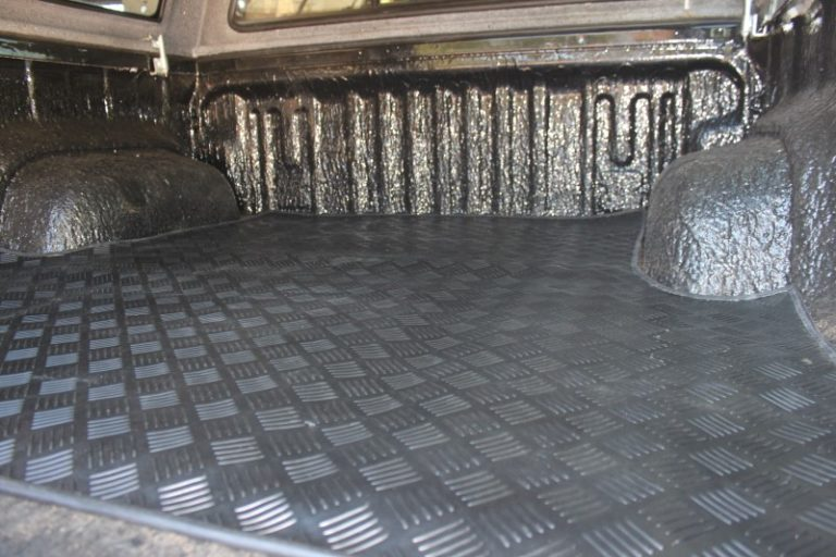 BOOXE Rubber BinMats for Toyota Hilux - Close up