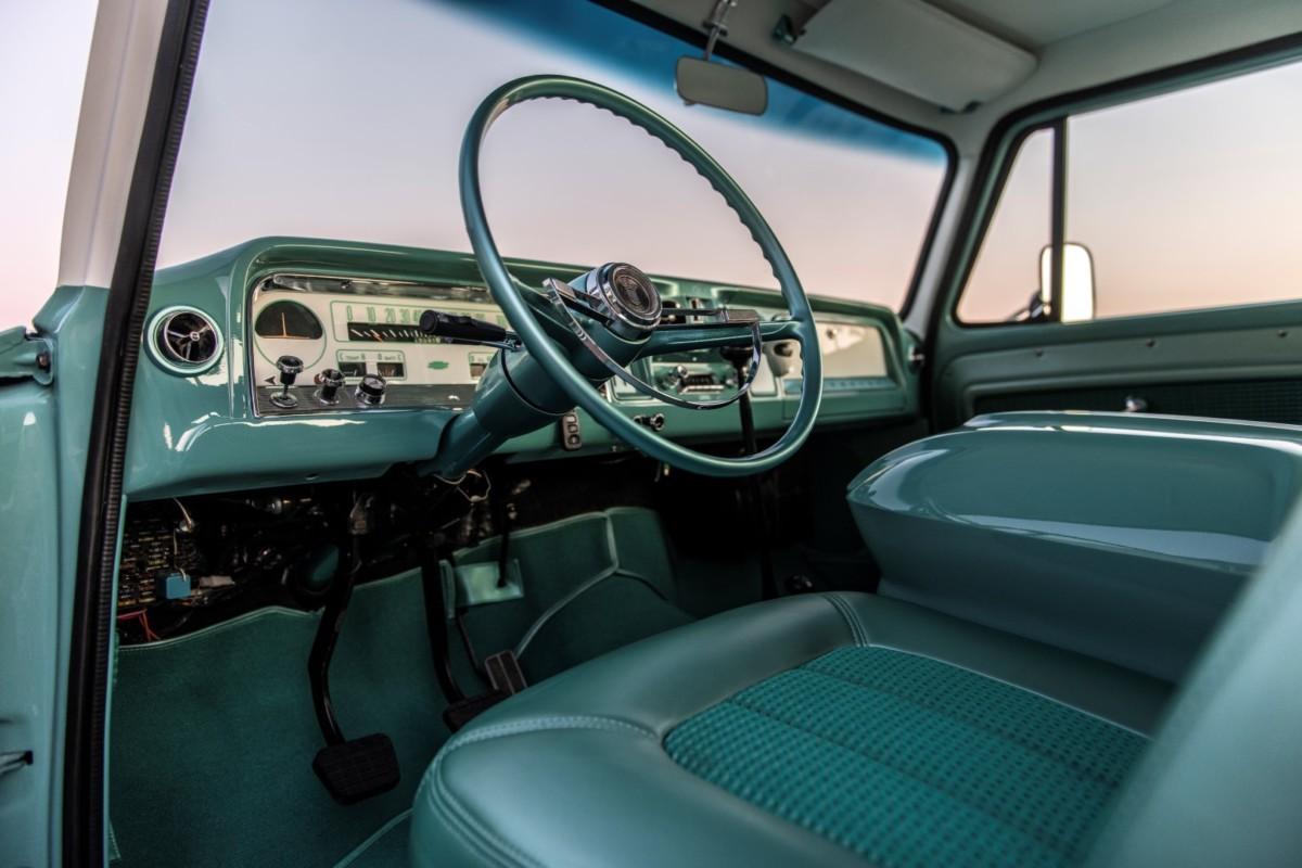 Rad Rig 1966 Chevrolet K3 Ponderosa Sa 4x4