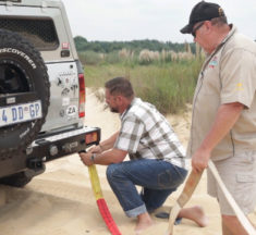 SA4x4 recovery series Part 9: Snatch straps and how to recover a stuck 4×4 vehicle