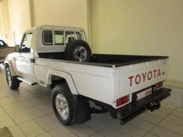 Load Bin for Toyota Land Cruiser single cab (2014)