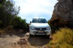 Off-road Test: Mitsubishi Triton Front View